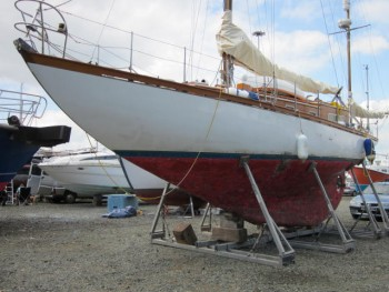 "Robert Clark 42ft Timber Yawl ""Aeolian"" surveyed 2014"